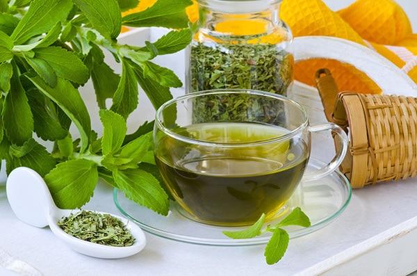 trà cỏ ngọt