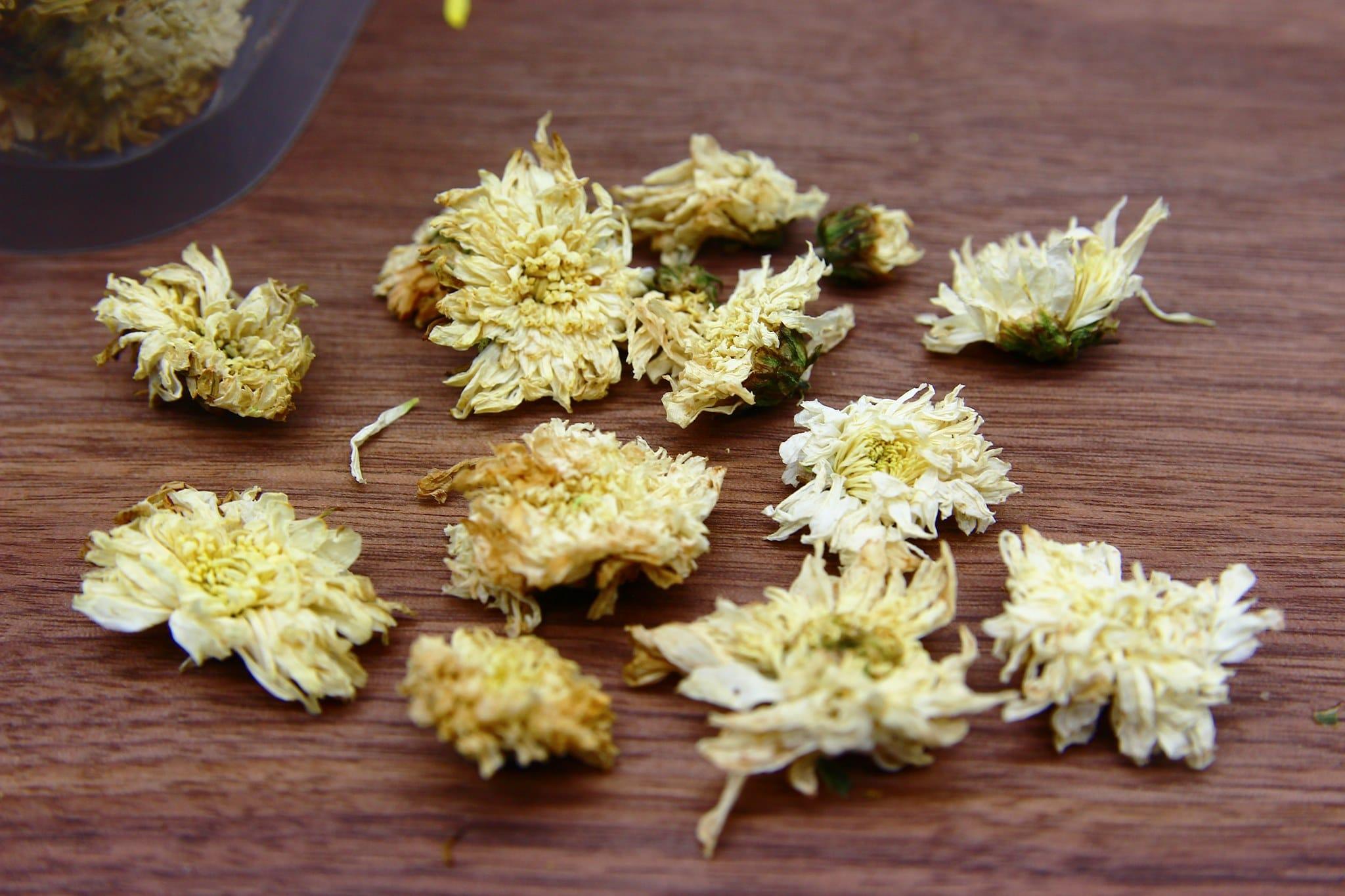 Trà hoa cúc trắng gói 100g 4