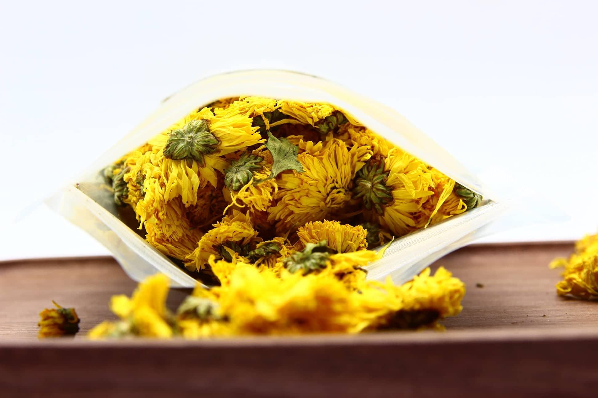 Trà hoa cúc vàng gói 100g 7